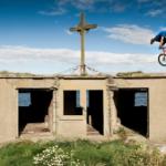 Thumbnail image for 自行车狂人 – 回家路上展绝技