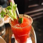 加拿大最 '热辣' 的鸡尾酒 – Caesar Cocktail, 四十岁啦!
