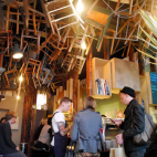咖啡和椅子的关系 – Brother Baba Budan Cafe(墨尔本)